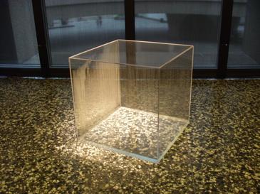 Hans Haacke, condensation cube